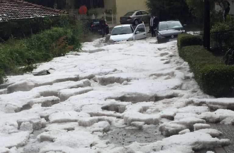 Χάος στην Κοζάνη- αποκλείστηκαν δρόμοι από χαλάζι